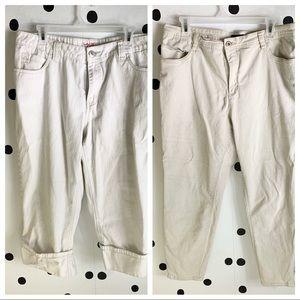 Denim - 🌈5/$25🌈Bundle two pants different brands 16